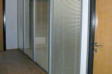 Office Partitions - Glass with Blinds